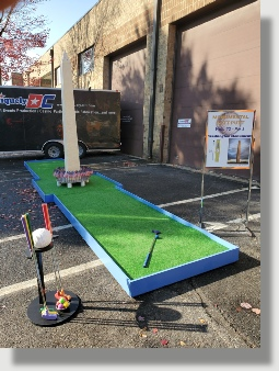 Patriotic Putt-Putt mini Golf from Uniquely DC with amazing theme holes and course obstacles.